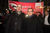 05 JAN 2015, BERLIN/GERMANY:<br /> Jan Stoess (L), SPD Landesvorsitzender Berlin, und Heiko Maas (R), SPD, Bundesjustizminister, auf der NoBaergida-Demo, der Demo des Buendnisses gegen Rassismus gegen die Demo der Pegida / Baergida, Berlin-Mitte<br /> IMAGE: 20150105-01-008<br /> KEYWORDS: NoBärgida, Bärgida, Demonstration, Protest, Jan Stöß, Gegendemo