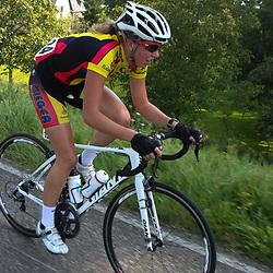 Brainwash Ladiestour Neerijnen Willeke Knol trok ten aanval en kreeg maximaal 35 seconden voorsprong