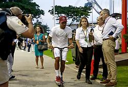 September 13, 2018 - Singapore, Singapore - Motorsports: FIA Formula One World Championship 2018, Grand Prix of Singapore, .#44 Lewis Hamilton (GBR, Mercedes AMG Petronas Motorsport) (Credit Image: © Hoch Zwei via ZUMA Wire)