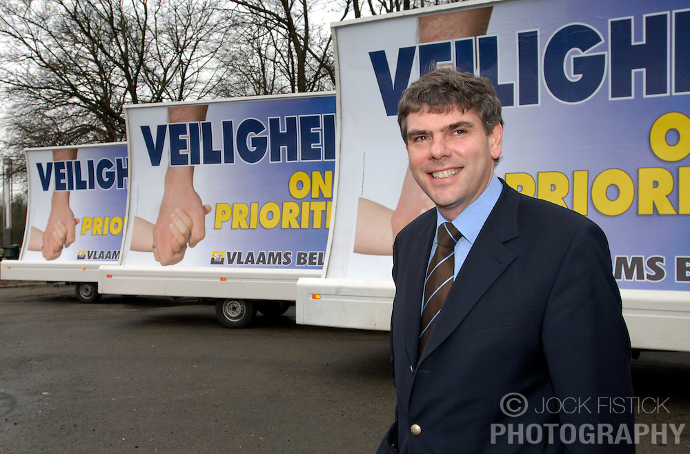 BRUSSELS, BELGIUM - MARCH-30-2006 - The Vlaams Belang kick-off their new political campaign. (PHOTO © JOCK FISTICK)..Filip Dewinter<br />