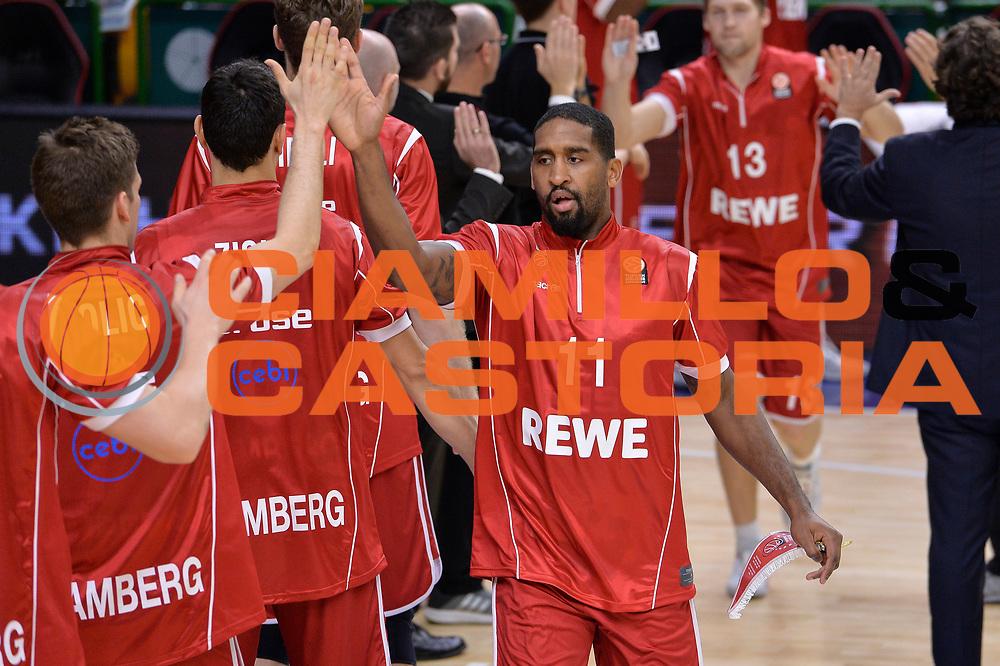 DESCRIZIONE : Eurolega Euroleague 2015/16 Group D Dinamo Banco di Sardegna Sassari - Brose Basket Bamberg<br /> GIOCATORE : Bradley Wanamaker<br /> CATEGORIA : Before Pregame Fair Play<br /> SQUADRA : Brose Basket Bamberg<br /> EVENTO : Eurolega Euroleague 2015/2016<br /> GARA : Dinamo Banco di Sardegna Sassari - Brose Basket Bamberg<br /> DATA : 13/11/2015<br /> SPORT : Pallacanestro <br /> AUTORE : Agenzia Ciamillo-Castoria/L.Canu