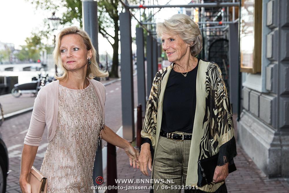 NLD/Amsterdam/20190916 - Prinses Irene viert verjaardag bij een ode aan de natuur , Prinses Irene met dochter Prinses Carolina