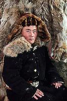Mongolie, province de Bayan-Olgii, Kholganat, chasseur à l'aigle Kazakh // Mongolia, Bayan-Olgii province, Kholganat, Kazakh eagle hunter