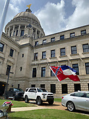 MS State Flag Comes Down after 126 yrs