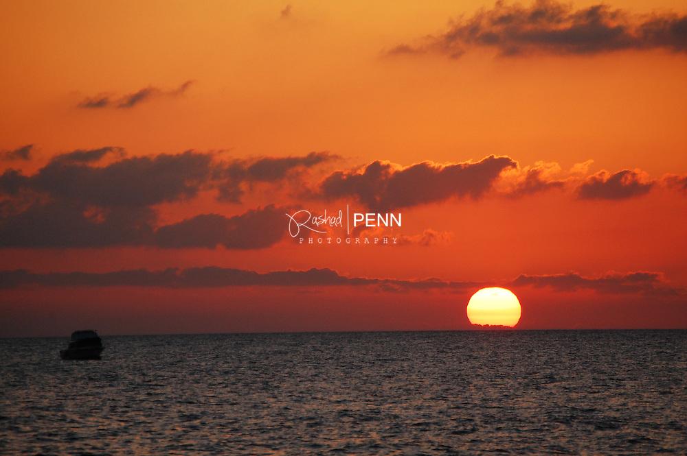 Bahamas, Nassau, sun set, colors, scene, beaches, water, lakes, green flash, freeport, New Providence, Caribbean, Island