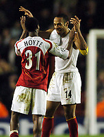 Fotball<br /> Champions League 2004/05<br /> Arsenal v Rosenborg<br /> Highbury - London<br /> 7. desember 2004<br /> Foto: Digitalsport<br /> NORWAY ONLY<br /> Thierry Henry celebrates at full time with Justin Hoyte