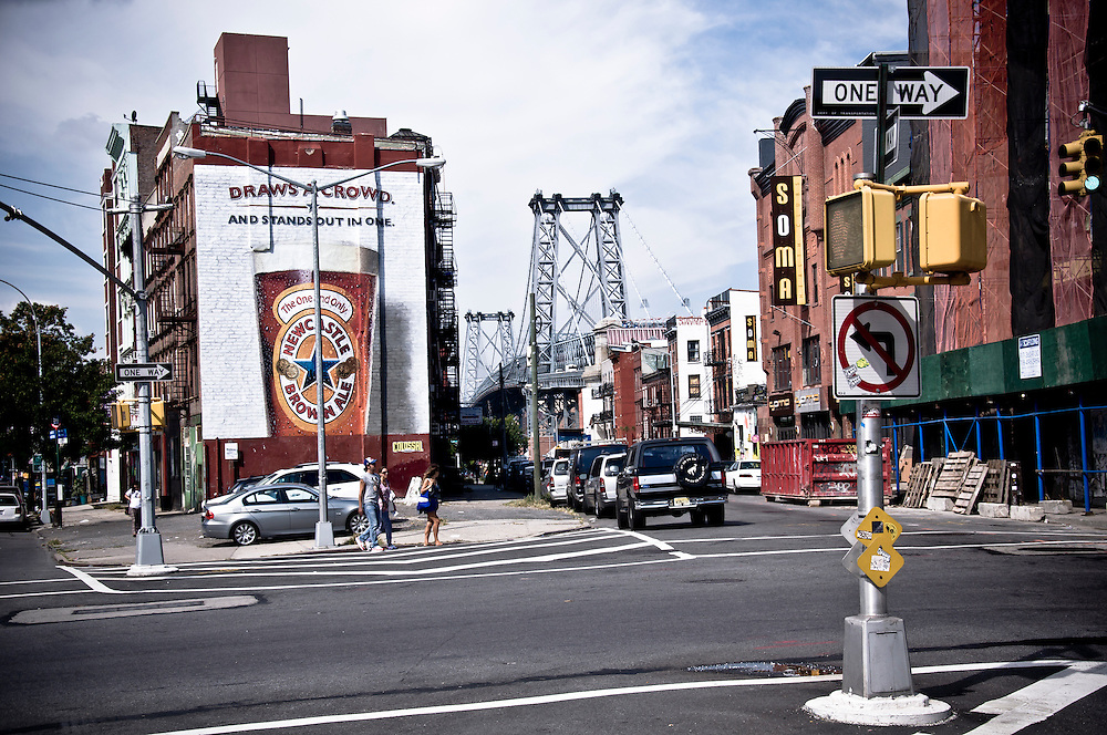 View of the Williamsburg Bridge from the corner of S6th and Broadway in Williamsburg, Brooklyn, New York, 2009.