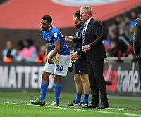 Football - 2019 EFL Checkatrade Trophy Final - Sunderland vs. Portsmouth<br /> <br /> Portsmouth Manager, Kenny Jackett with Nathan Thompson , at Wembley.<br /> <br /> COLORSPORT/ANDREW COWIE