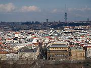 Prager Stadtpanorama - im Vordergrund das tschechische Nationaltheater (rechts) im Hintergrund der 216 Meter hohe Fernsehturm im Prager Stadtviertel Zizkov.<br /> <br /> Prague urban landscape - in front the National Theatre and in the back the 216 meter high television tower located at the Prague quater Zizkov.