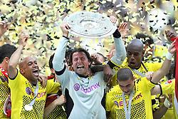 14.05.2011, Signal Iduna Park, Dortmund, GER, 1.FBL, Borussia Dortmund vs Eintracht Frankfurt, im Bild Roman Weidenfeller (Dortmund #1) mit der Meisterschale //  during the German 1.Liga Football Match,  Borussia Dortmund vs Eintracht Frankfurt, at the Signal Iduna Park, Dortmund, 14/05/2011 . EXPA Pictures © 2011, PhotoCredit: EXPA/ nph/  Conny Kurth       ****** out of GER / SWE / CRO  / BEL ******