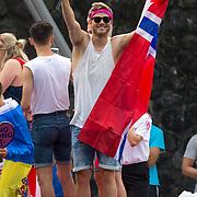 NLD/Amsterdam/20180604 - Gaypride 2018, Tim Douwsma op de Eurovision boot