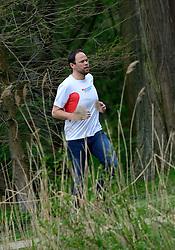 10-04-2014 NED: NY City Marathon training Vriendenloterij, Amsterdam<br /> In het Amsterdamse Vondelpark werden de eerste meters gelegd door de lopers van de vriendenloterij / David