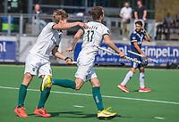 AMSTELVEEN - Guus Jansen (Rotterdam) heeft gescoord    tijdens de hoofdklasse competitie-wedstrijd  heren ,links Menno Boeren (Rotterdam)  PINOKE-ROTTERDAM (2-2)  .COPYRIGHT  KOEN SUYK