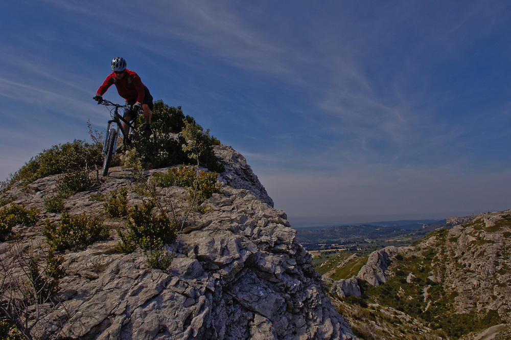 Mountain biking in Provence, France at the Giant Maestro suspension platform launch
