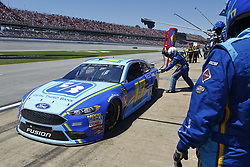 April 29, 2018 - Talladega, Alabama, United States of America - Ricky Stenhouse, Jr (17) comes down pit road for service during the GEICO 500 at Talladega Superspeedway in Talladega, Alabama. (Credit Image: © Justin R. Noe Asp Inc/ASP via ZUMA Wire)