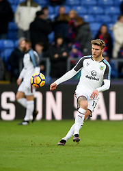 Burnley's Jeff Hendrick warms up prior to kick off during the Premier League match at Selhurst Park, London.