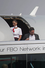 A stylish David Beckham arrives in Milan - 1 Oct 2017