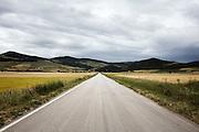 Strada provinciale che porta a Orsara, Troia e Bovino,  Orsara di Puglia 3 Maggio 2014.  Christian Mantuano / OneShot