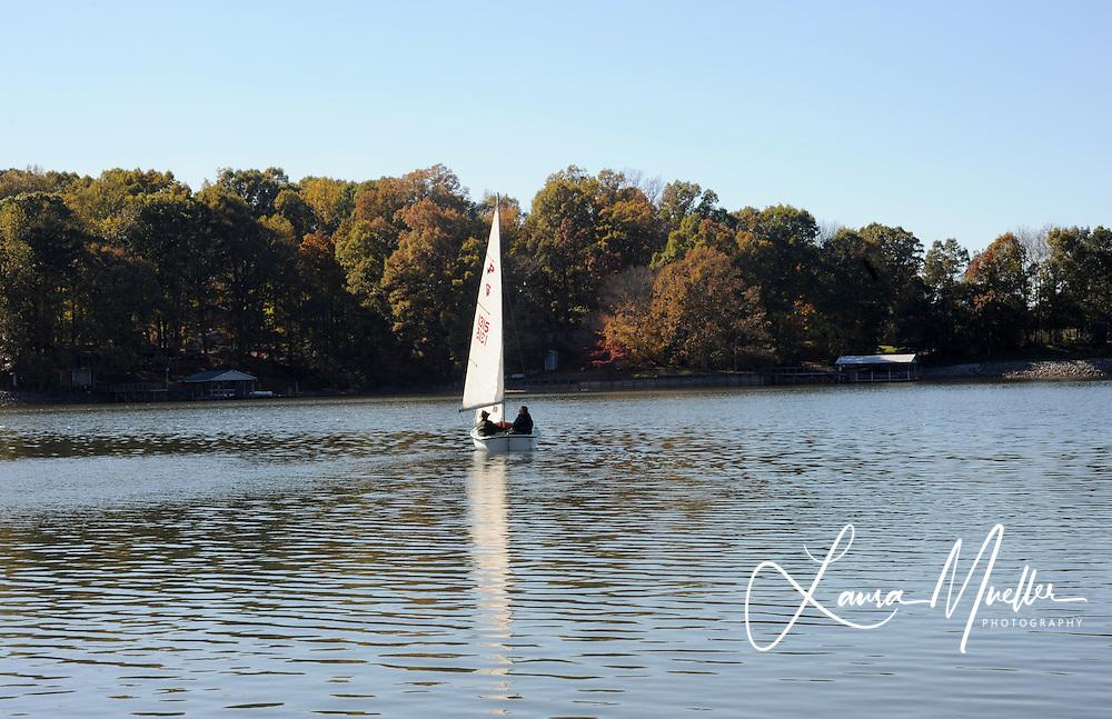11/07/2010 Connor sailboat.   photo © Laura Mueller