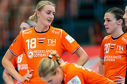 Kelly Dulfer of Netherlands, Inger Smits of Netherlands disappointed during the Women's EHF Euro 2020 match between Croatia and Netherlands at Sydbank Arena on december 06, 2020 in Kolding, Denmark (Photo by RHF Agency/Ronald Hoogendoorn)