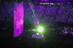 February 4, 2018 - Minneapolis, MN, USA - Justin Timberlake pays tribute to Prince, singing ''I Would Die 4 U,'' as video of the music icon performing in ''Purple Rain'' is projected on a large screen during the Super Bowl halftime show Sunday, Feb. 4, 2018 in Minneapolis, Minn. (Credit Image: © Elizabeth Flores/TNS via ZUMA Wire)