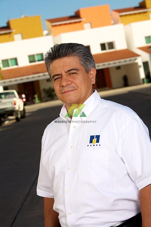 Jesus Navarro Desarrolladora Homex, S.A. de C.V. es una compañía verticalmente integrada a desarrolladora de vivienda en México, enfocada en vivienda de interés social y vivienda media.