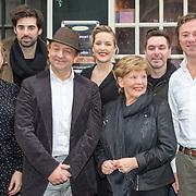 NLD/Amsterdam/20151119 - Perspresentatie Sinatra 100, groepsfoto