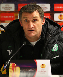 VIENNA, AUSTRIA - Wednesday, December 16, 2009: Glasgow Celtic's manager Tony Mowbray during a press conference ahead of the UEFA Europa League Group C match against SK Rapid Vienna at the Ernst Happel Stadion. (Pic by Thomas Haumer/Expa/Propaganda)