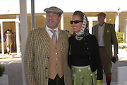 Mark and Elizabeth Cobben, Goodwood Revival Meeting. Saturday 17 September 2005.  ONE TIME USE ONLY - DO NOT ARCHIVE  © Copyright Photograph by Dafydd Jones 66 Stockwell Park Rd. London SW9 0DA Tel 020 7733 0108 www.dafjones.com