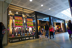 Republic clothes shop closing Oracle Reading 2013
