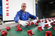 Reportage entreprise FPSA à Oyonnax, février 2012 // Report enterprise FPSA in Oyonnax, France