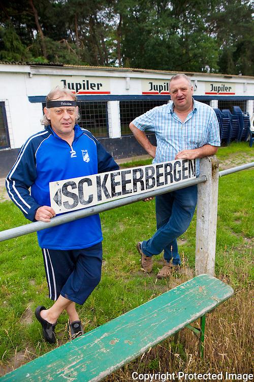 358479-Voetbalclub KSC Keerbergen krijgt nieuwe voetbalkantine-Rudi De Weerdt en Julien Geeraerts-Raambeekweg Keerbergen