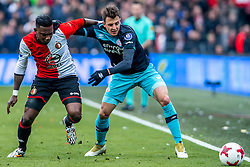 25-02-2017 NED: Feyenoord - PSV, Rotterdam<br /> 24e speelronde van seizoen 2016-2017, De Kuip / Eljero Elia #11 of Feyenoord, Santiago Arias of PSV