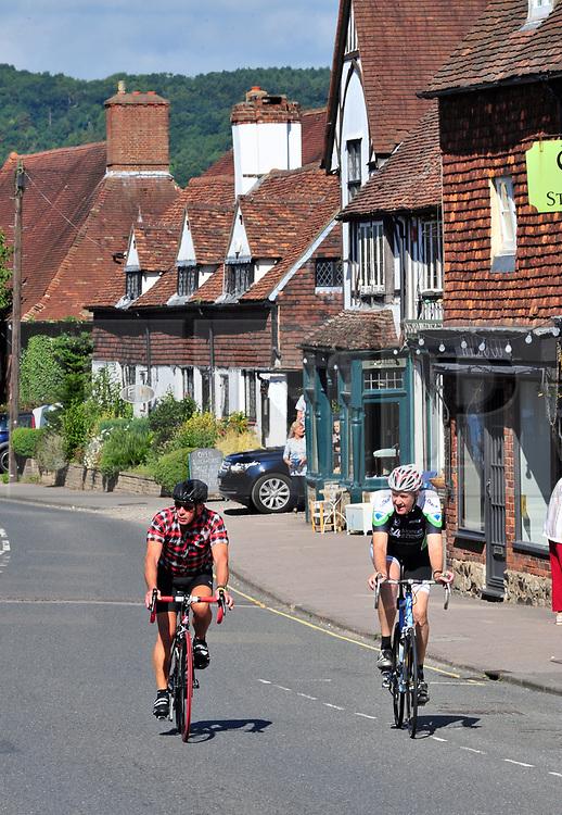 © Licensed to London NewPictures.01/08/2017.Otford,<br /> UK.<br /> August sunny weather in Kent. Otford Village.<br /> Photo credit: Grant Falvey/LNP