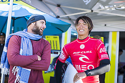October 25, 2017 - Kanoa Igarashi (USA) placed 2nd in Semis One at Meo Rip Curl Pro 2017, Peniche, Portugal..MEO Rip Curl Pro Portugal 2017, Oeste Subregion, Portugal - 25 Oct 2017 (Credit Image: © Rex Shutterstock via ZUMA Press)