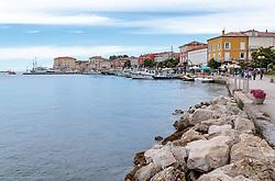 THEMENBILD - der Hafen von Porec mit Schiffen und der Promenade, aufgenommen am 25. Juni 2018 in Porec, Kroatien // the port of Porec with ships and the promenade, Porec, Croatia on 2018/06/25. EXPA Pictures © 2018, PhotoCredit: EXPA/ JFK