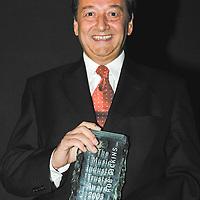 MIT Award 2003 Rob Dickins
