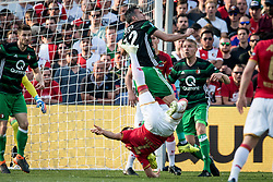 (L-R) Alireza Jahanbakhsh of AZ, Robin van Persie of Feyenoord during the Dutch Toto KNVB Cup Final match between AZ Alkmaar and Feyenoord on April 22, 2018 at the Kuip stadium in Rotterdam, The Netherlands.