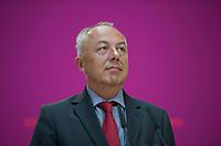 DEU, Deutschland, Germany, Berlin, 15.08.2013:<br />Thüringens Wirtschaftsminister Matthias Machnig (SPD), im Kompetenzteam des Kanzlerkandidaten zuständig für Energie- und Umweltpolitik, während einer Pressekonferenz im Willy-Brandt-Haus zur Energiepolitik.