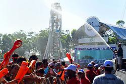 Abertura dos portões do Planeta Atlântida 2014/RS, que acontece nos dias 07 e 08 de fevereiro de 2014, na SABA, em Atlântida. FOTO: Itamar Aguiar/ Agência Preview