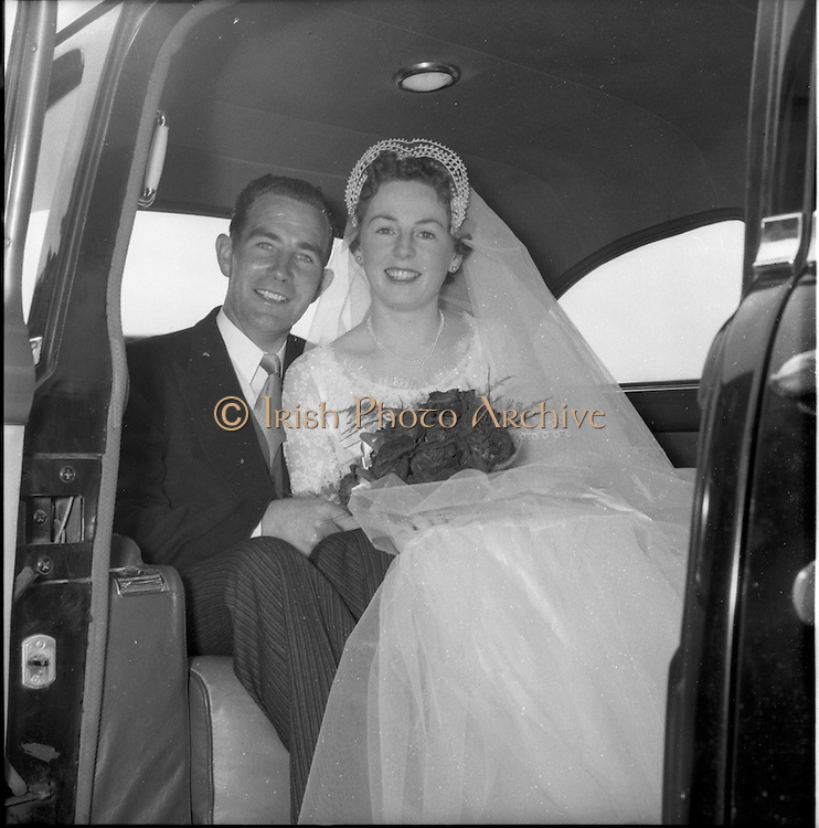 01/08/1956<br /> 08/01/1956<br /> 01 August 1956<br /> Wedding Lacey-Symes at St. Anthony's Church Clontarf and the Clarence Hotel.