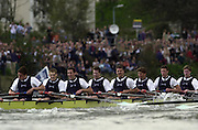 London, ENGLAND, 30.03.2002, University [Varsity] Boat Race, Oxford vs Cambridge over the Championship course - Putney to Mortlake. Oxford digging deep, as they approach the finishing line at Putney.  © Peter Spurrier/Intersport Images, email images@intersport-images.com. Tel +44 [0] 7973 819 551.