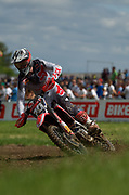 South African rider, Calvin Vlaanderen, made the MX2 podium in 3rd place two weeks ago in Teutschnthal, Germany, and he did it again in England. On Saturday, he was fastest in timed practice. On one of these Sundays, he needs a holeshot.