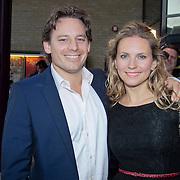 NLD/Gouda/20110912 - Premiere When Harry Met Sally, Cas Jansen en partner Annelieke Bouwers