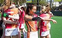 LAREN -  Hockey - Hoofdklasse dames Laren-Oranje Rood (0-4). Oranje Rood plaatst zich voor Play Offs.  Vreugde na afloop bij  Shihori Oikawa (Oranje-Rood)   COPYRIGHT KOEN SUYK