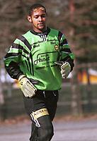 99042709: Emile Baron, Lillestrøm. Her under første seriekamp for andrelaget i 1999-sesongen, mot Årvoll. (Foto: Peter Tubaas)