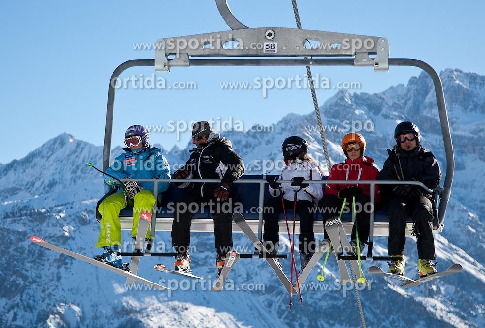23.01.2011, Tofana, Cortina d Ampezzo, ITA, FIS World Cup Ski Alpin, Lady, Cortina, SuperG, im Bild Tina Maze (SLO, #14) am Sessellift mit Trainer// Tina Maze (SLO) during FIS Ski Worldcup ladies SuperG at pista Tofana in Cortina d Ampezzo, Italy on 23/1/2011. EXPA Pictures © 2011, PhotoCredit: EXPA/ J. Groder