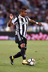 August 13, 2017 - Rome, Italy - Douglas Costa of Juventus during the Italian Supercup Final match between Juventus and Lazio at Stadio Olimpico, Rome, Italy on 13 August 2017. (Credit Image: © Giuseppe Maffia/NurPhoto via ZUMA Press)