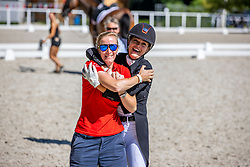 SAYN-WITTGENSTEIN Nathalie zu (Nationaltrainer DEN), HANSEN Anne-Mette Strandby (DEN)<br /> Impression am Rande<br /> U25 FEI Grand Prix Freestyle/Kür<br /> Pilisjászfalu - FEI Youth Dressage EUROPEAN CHAMPIONSHIPS 2020<br /> 21. August 2020<br /> © www.sportfotos-lafrentz.de/Stefan Lafrentz