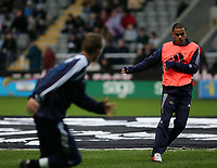Photo. Andrew Unwin, Digitalsport<br /> Newcastle United v Sporting Lisbon, Uefa Cup Quarter Final First Leg, St James' Park, Newcastle upon Tyne 07/04/2005.<br /> Newcastle's Kieron Dyer (R) and Lee Bowyer (L) warm up before the game.